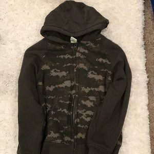 Large 10/12 Zip Up Camo
